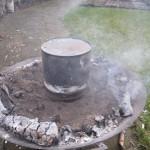 Teer of olie maken uit berken bast schors 10